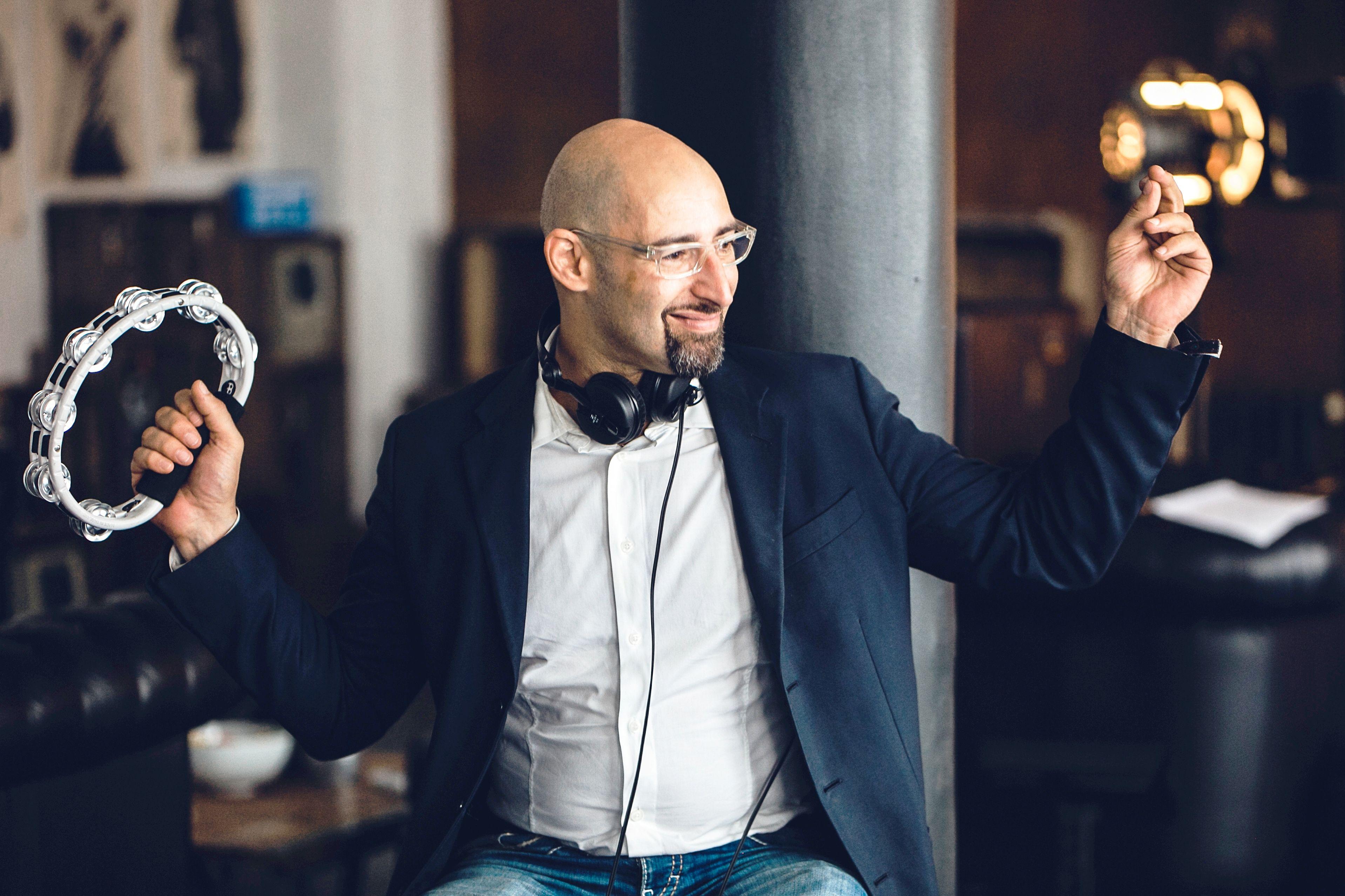 Dj Vince Der Wdr2 Dj Ist Auch Fur Hochzeiten In Dusseldorf Koln Raum Nrw Zu Buchen Dj Hochzeits Dj Dusseldorf