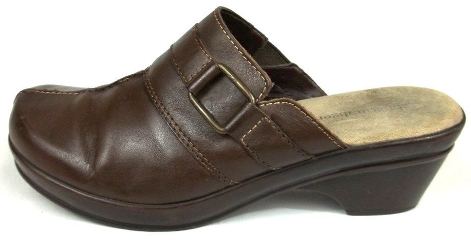 e7a162bf4fdd Naturalizer Clog Loafers Womens Size 9 M Solid Brown Mules Heels Shoes   Naturalizer  Clogs  WeartoWork