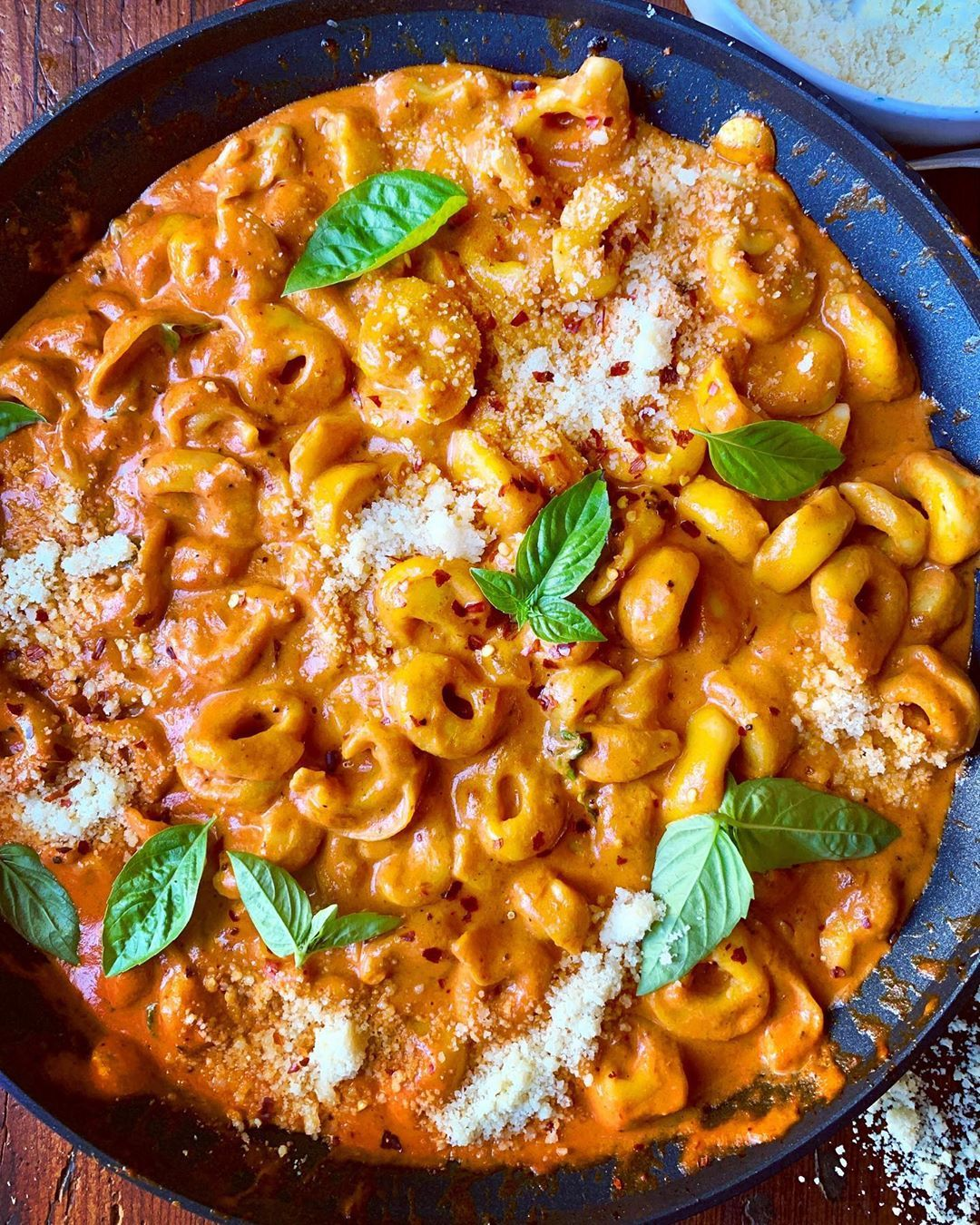 Diane Morrisey On Instagram Pasta Dinner Italian Group Therapy And Please Sign Me Up For The Therapy Session That Vodka Sauce Dinner Vegetarian Recipes