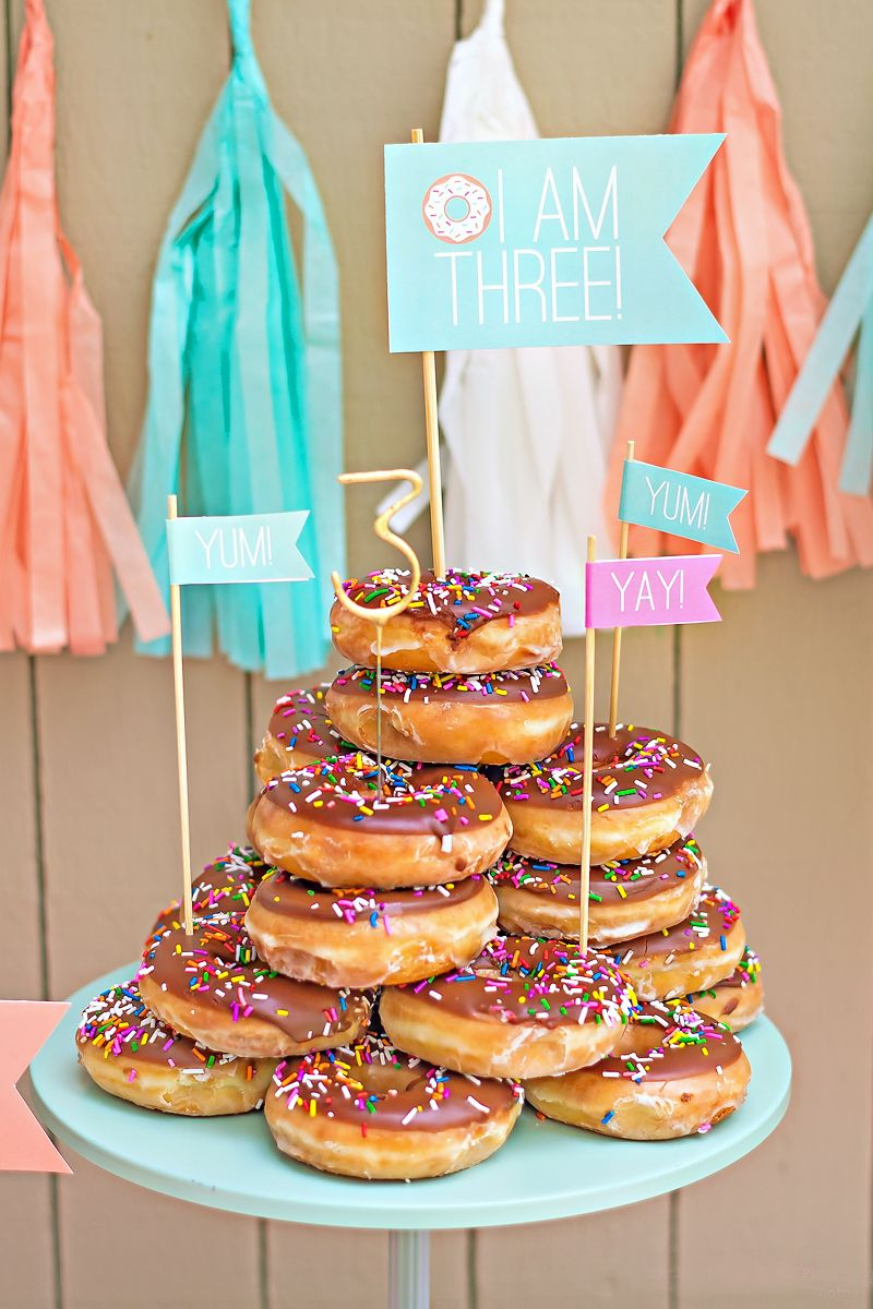 Mint & Peach Donut Party {Go Nuts!} // Hostess with the Mostess