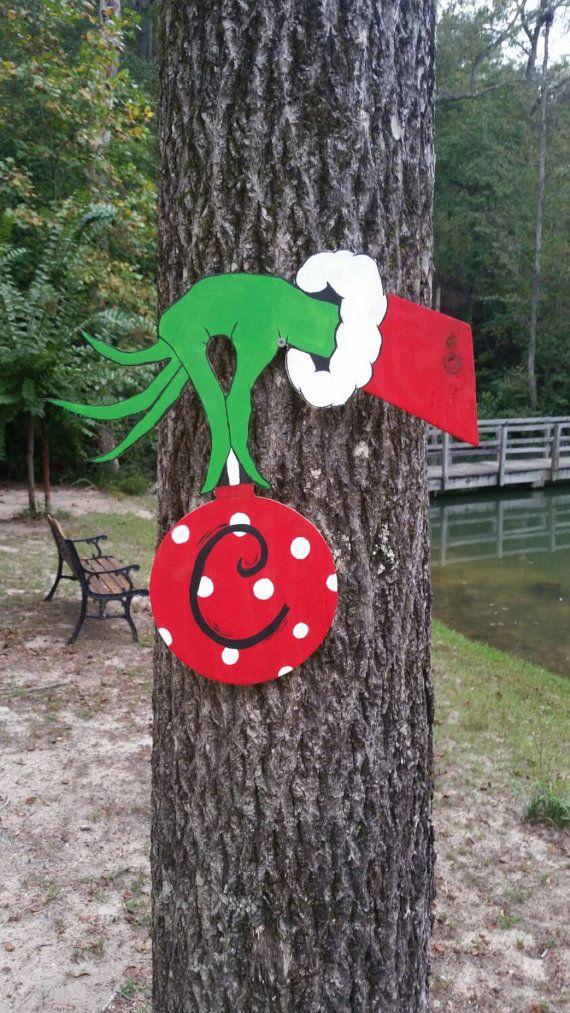 Best 25+ Grinch decorations ideas on Pinterest   Grinch ...