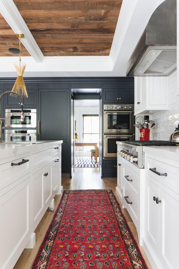 can black and white modern farmhouse design feel timeless modern farmhouse design benjamin on farmhouse kitchen black and white id=21008