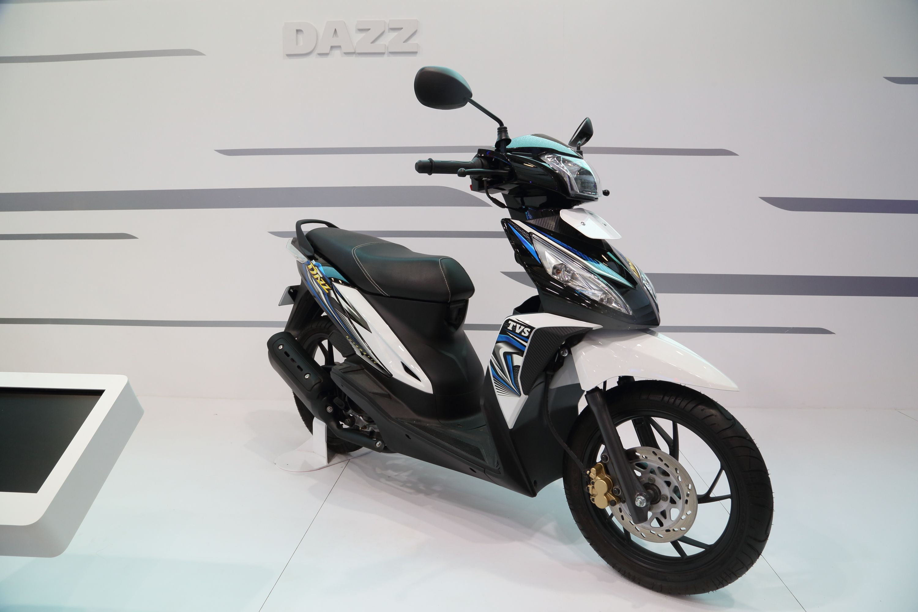 Tvs dazz is exquisitely designed for a convenient and safe ride