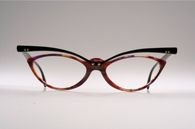 0b1c93efb6 Traction Production//facesunglasses | glasses | Eyeglasses, Cat eye ...
