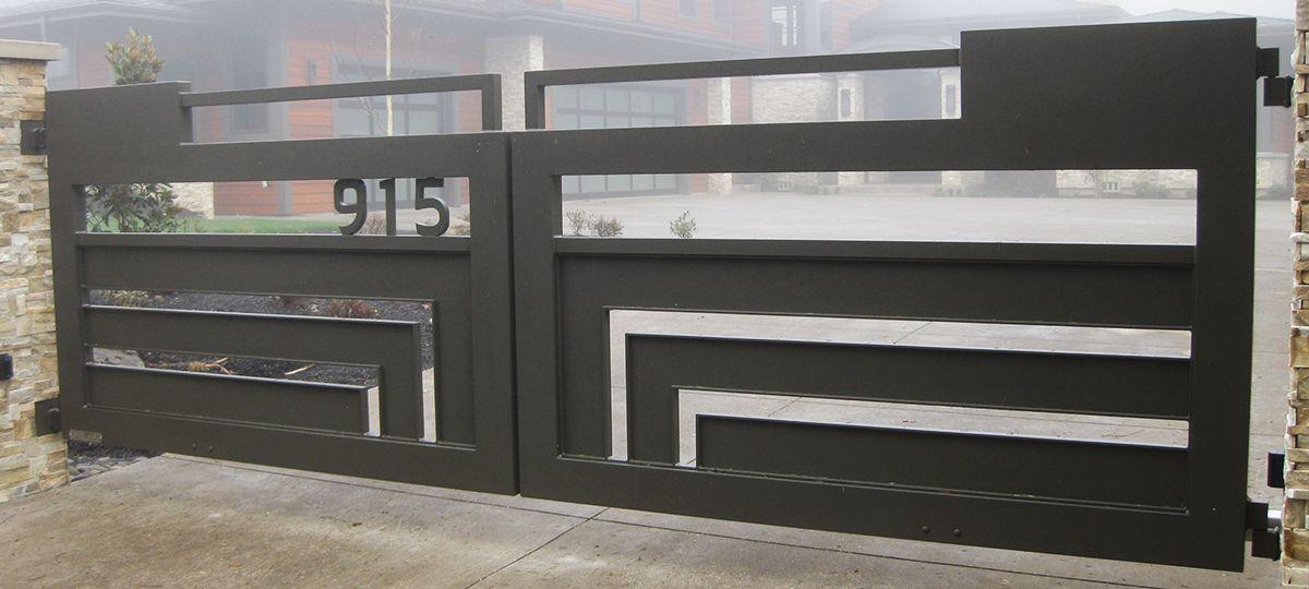 Nifty Idea For Modern Driveway Gate Modern Bungalow House Design