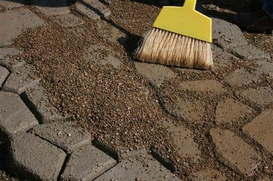 Create your Own Stone Walkway for less than $40