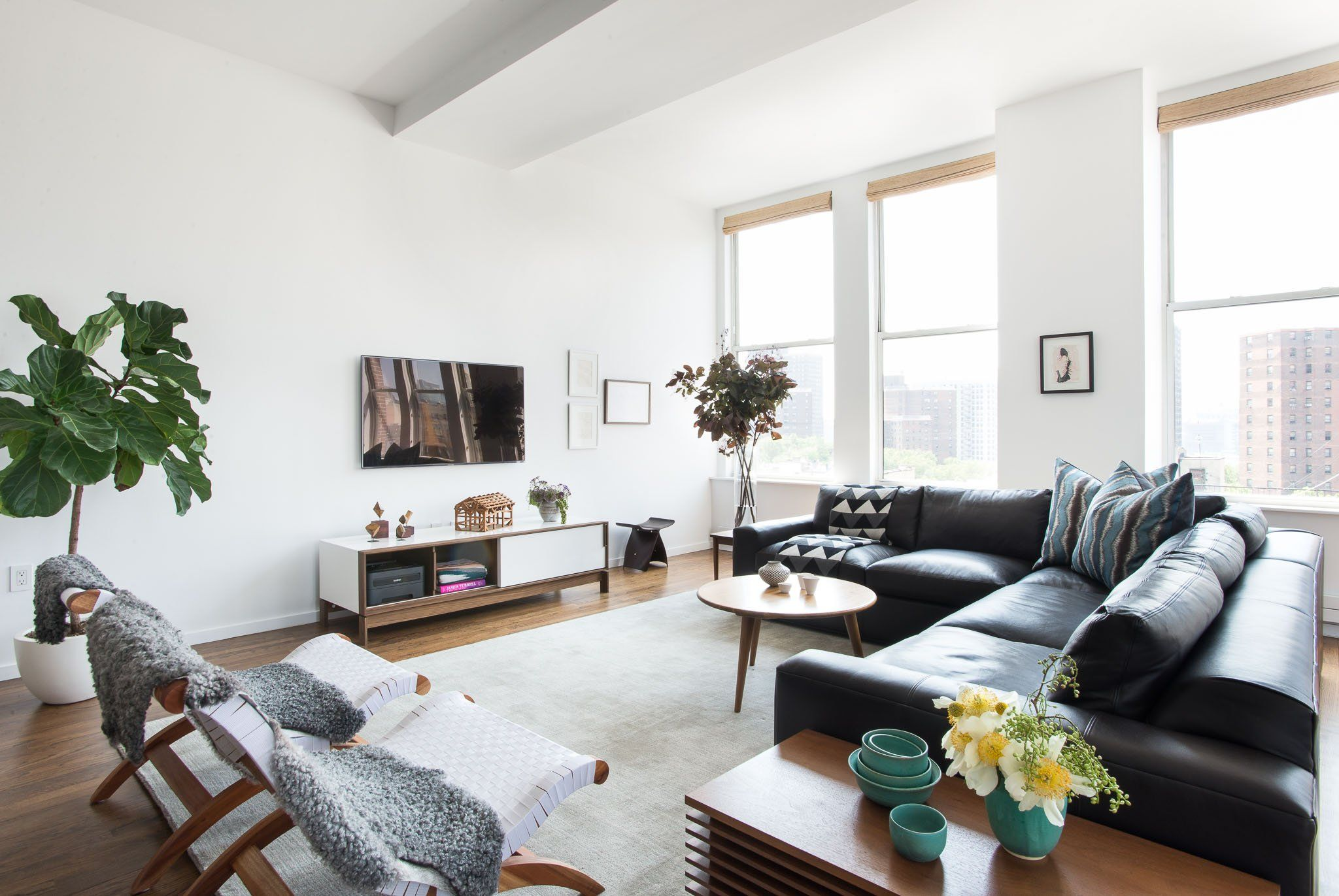 This New York apartment was transformed into a modern bachelor pad ...