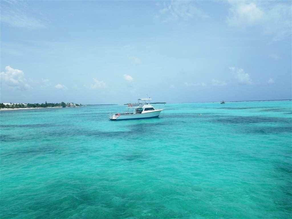 Little Cayman Beach Resort Dive Boat