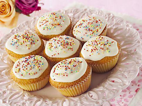Basic fairy cake recipe for 12