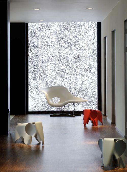 La Chaise Sculpture Chaise Lounge Chair Hotel Interior Design Room Interior Design Luxury Hotels Interior