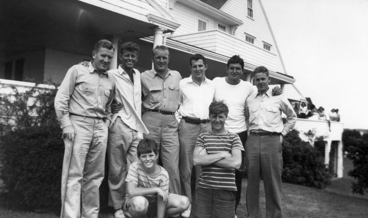 1944 hyannisport john f kennedy and wwii friends front