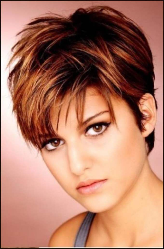 42 Best Frisuren Images On Pinterest Short Hair Styles Einfache Frisuren Haircut For Thick Hair Short Hair Styles For Round Faces Short Hair Styles