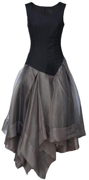 Vestido gris con negro de noche