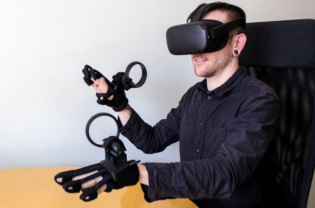 BeBop Sensors Forte Data VR/AR Haptic Glove for Oculus