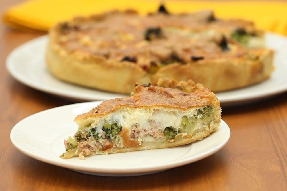 Photo of La torta della nonna salata è ottima servita sia calda che a temp