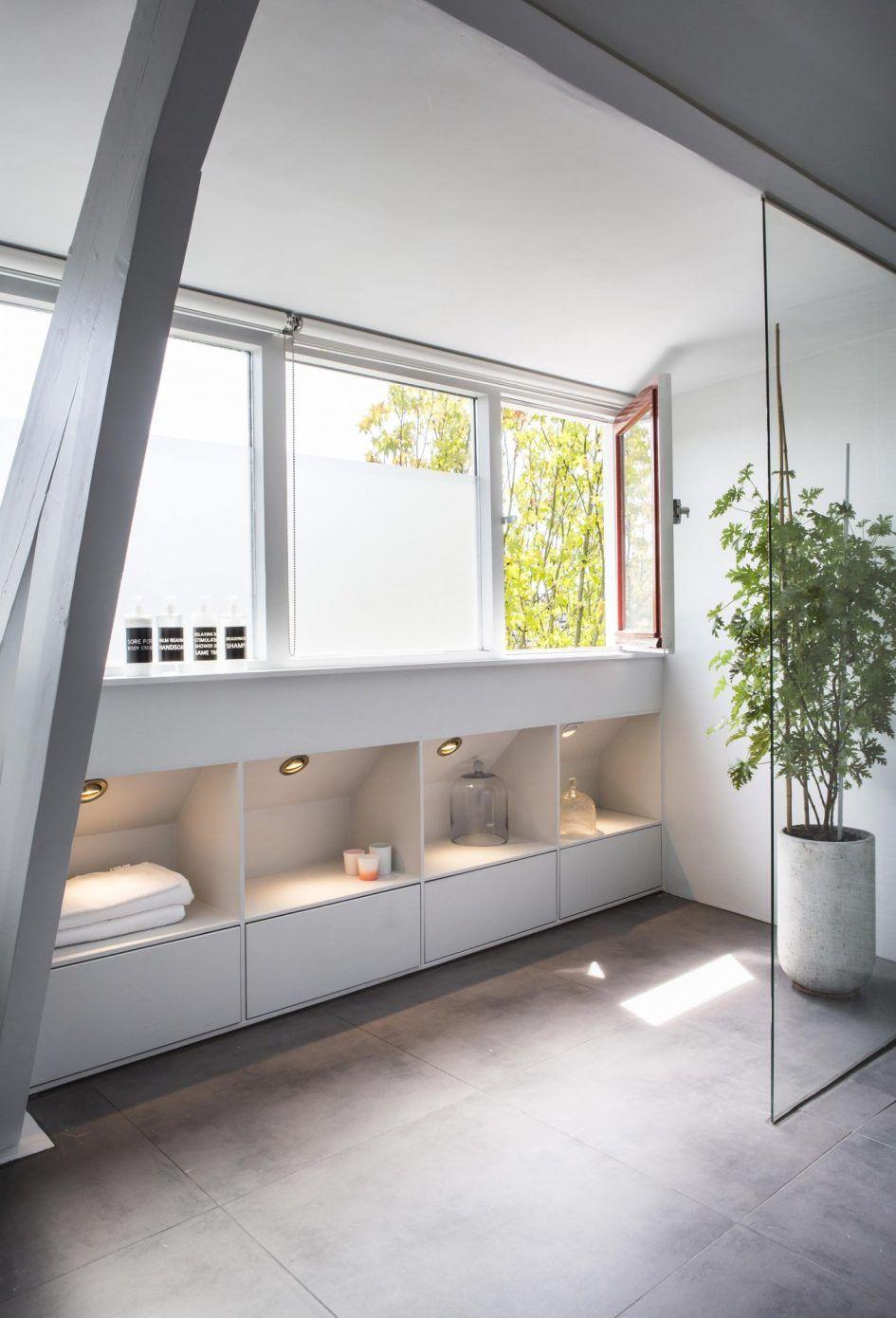 badkamer, Badkamer Zolder Idee Interieur Ideen Kast Zoldertrap ...
