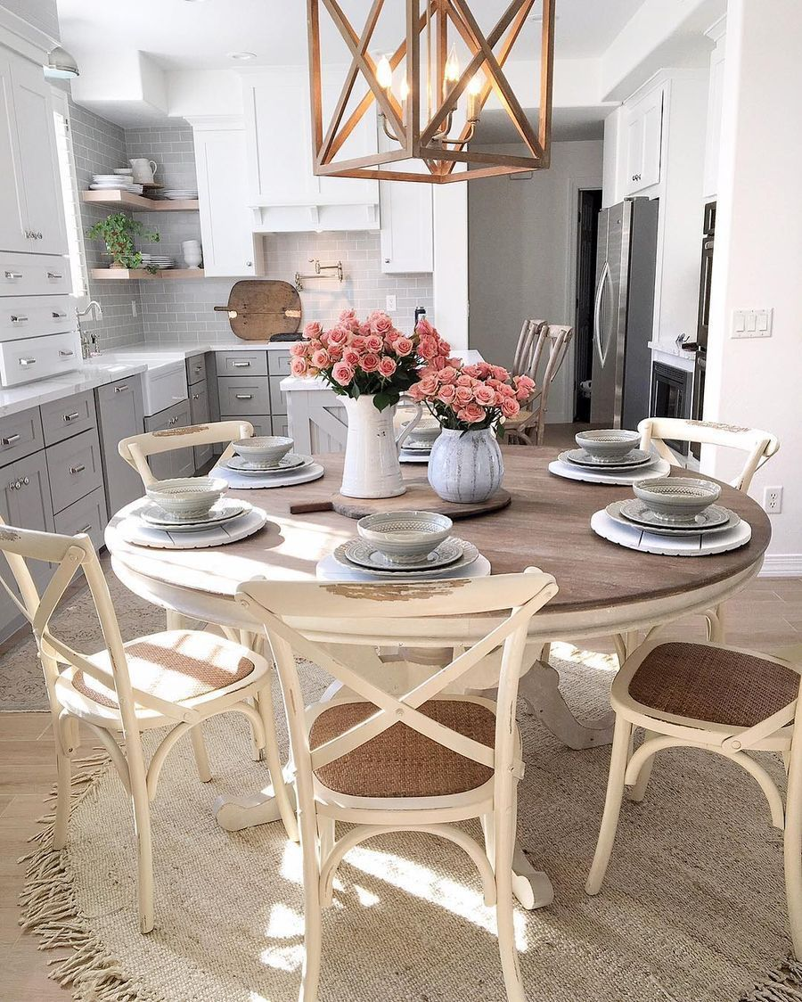 15 Charming Farmhouse Spring Home Decor Ideas In 2021 Kitchen Table Decor Dining Room Trends Farmhouse Dining Room