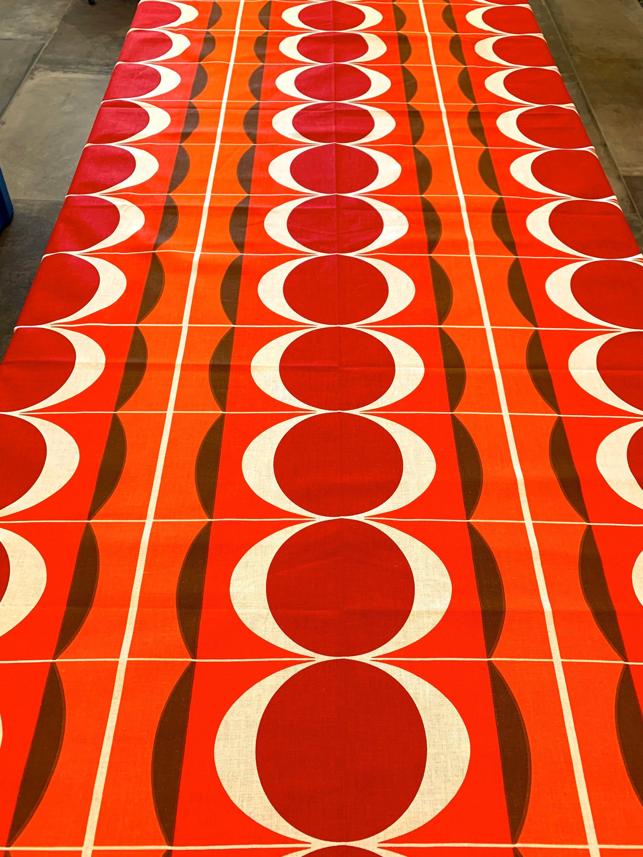 Wild Disco 70s Broadcloth Fabric With An Op Art Flair Etsy Painted Signs Panton Fabric Scandinavian Design