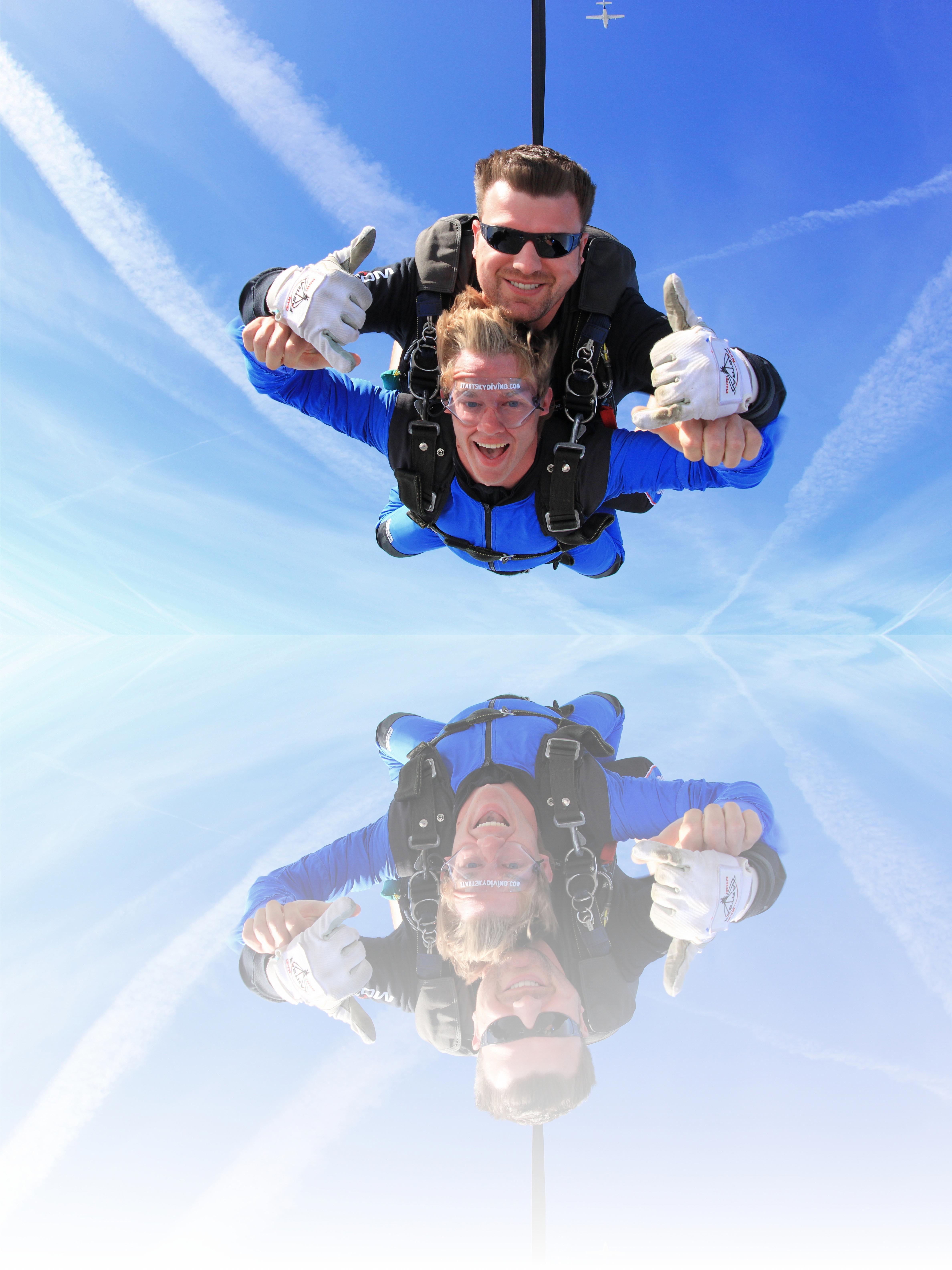 The Feeling Of Tandem Skydiving Skydiving Diving Tandem