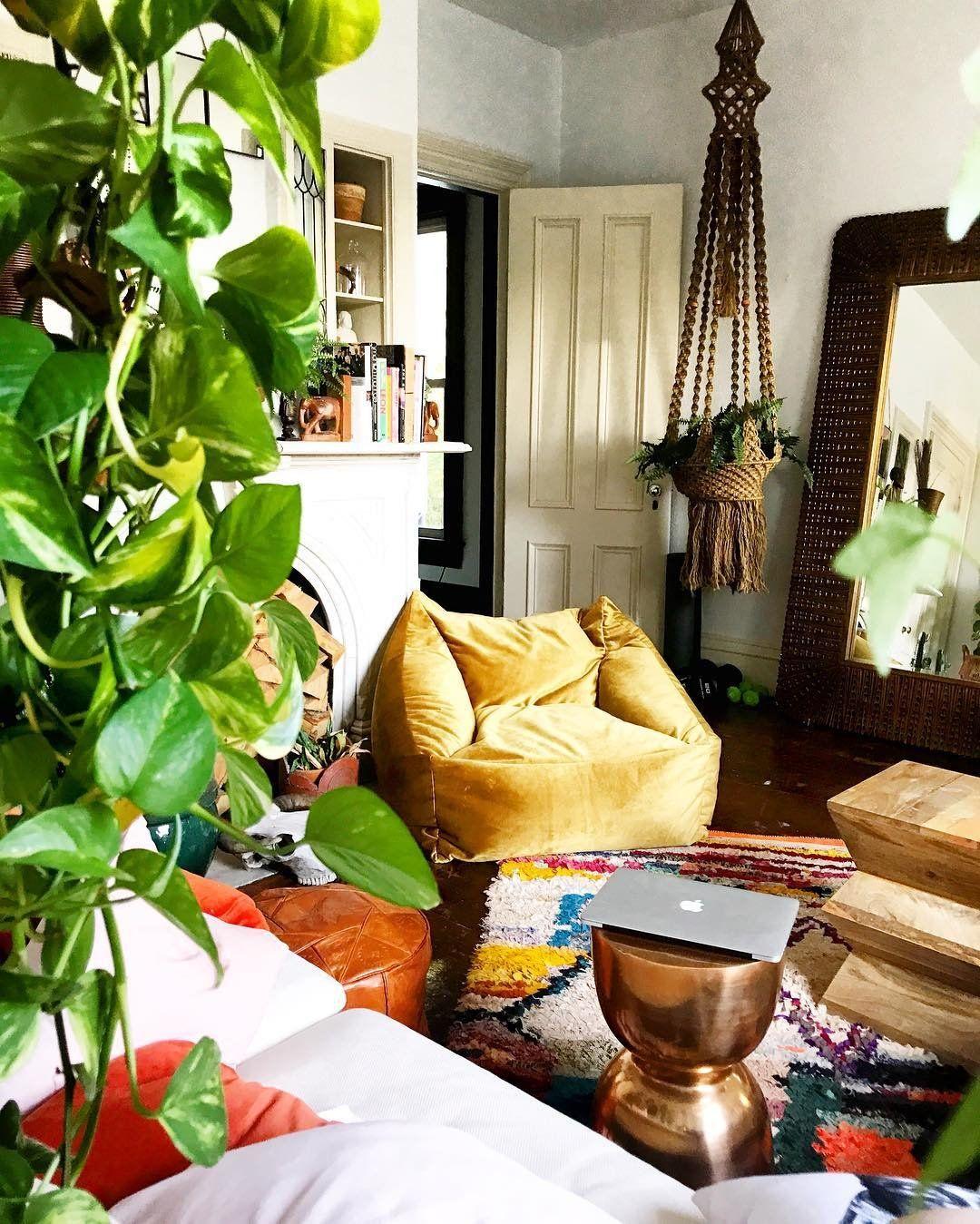 865 Likes 22 Comments Kara Evans Kara Evans On Instagram Vintage Home Decor Home Decor Apartment Decor