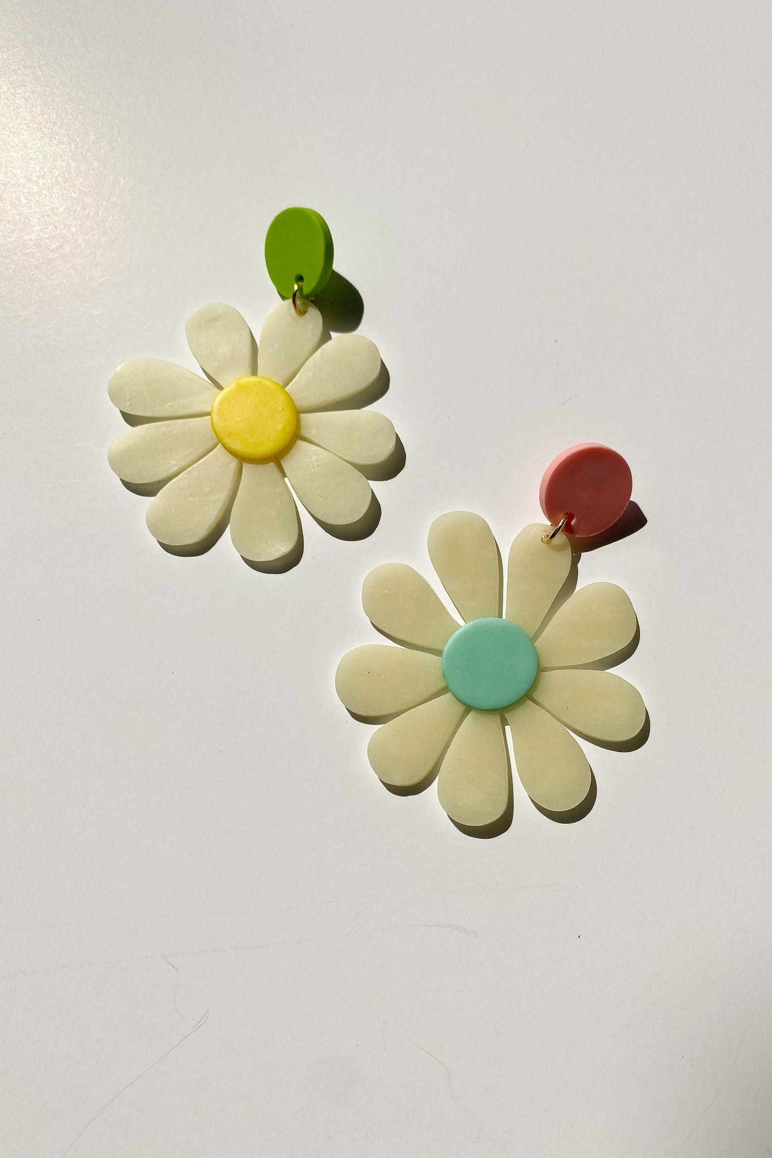 Earrings glow in the dark real flower