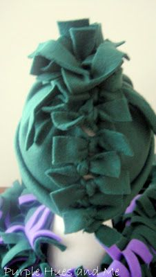 a0c2012a425 No Sew Frilly Fleece Hat and Scarf