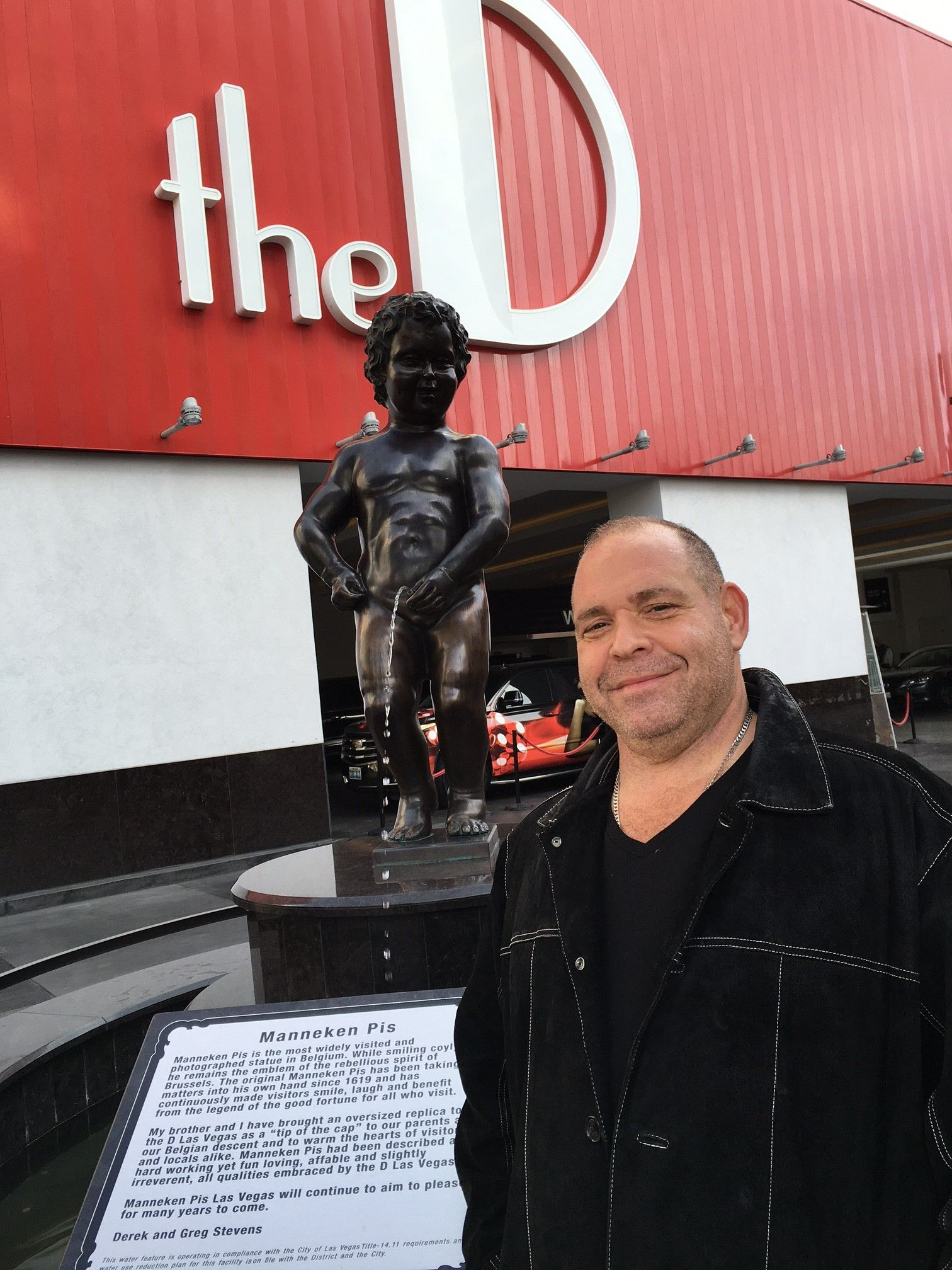 Greg Rikaart Nude within famous actor, louis lombardi, posing with famous nude statue