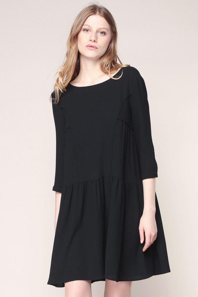 62fe3d9f6853d Robe fluide noire Effet - Ba sh   clothing   Pinterest   Dresses ...