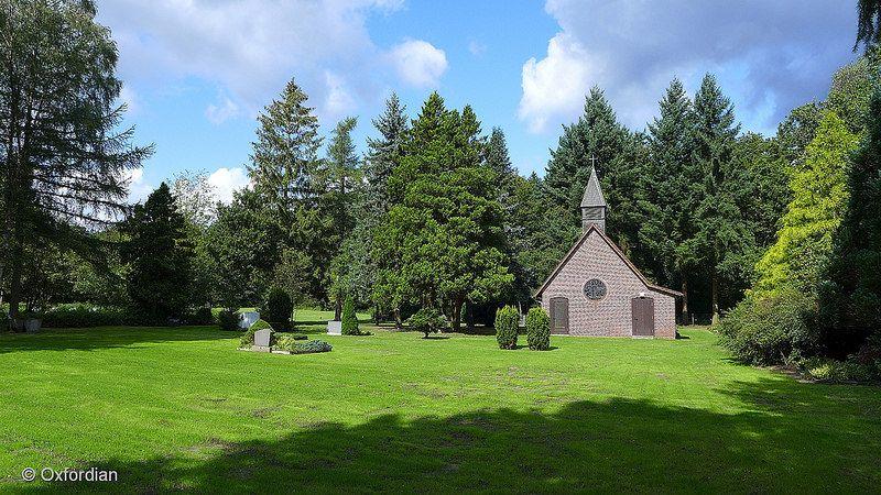 Oerrel - cemetery and chapel