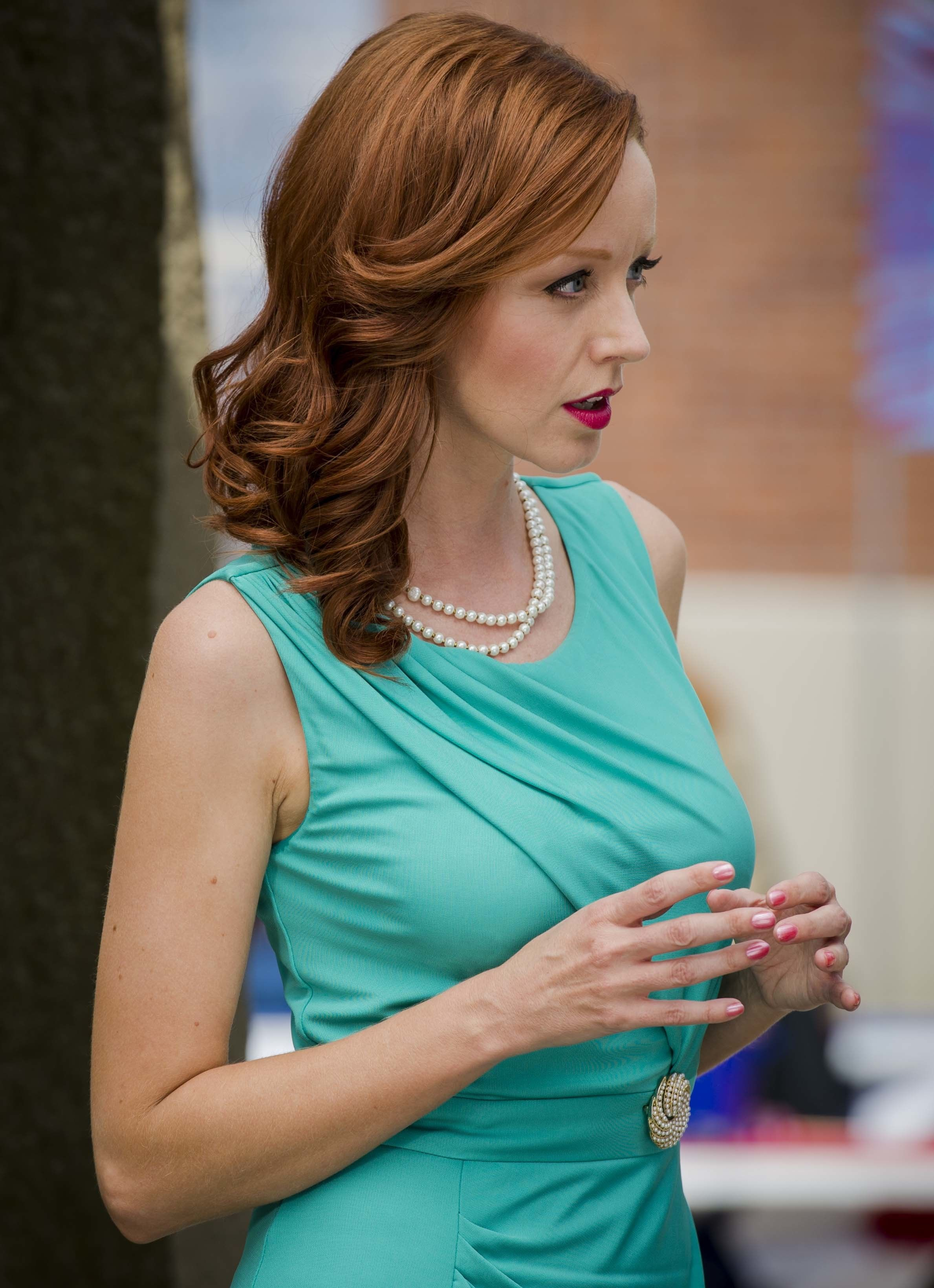 Lindy Booth nude 815