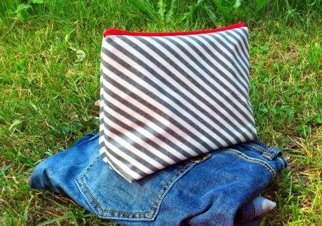 Stoffgespinst: Wachstuchtasche für die Badesachen... / Oilcloth bag ...