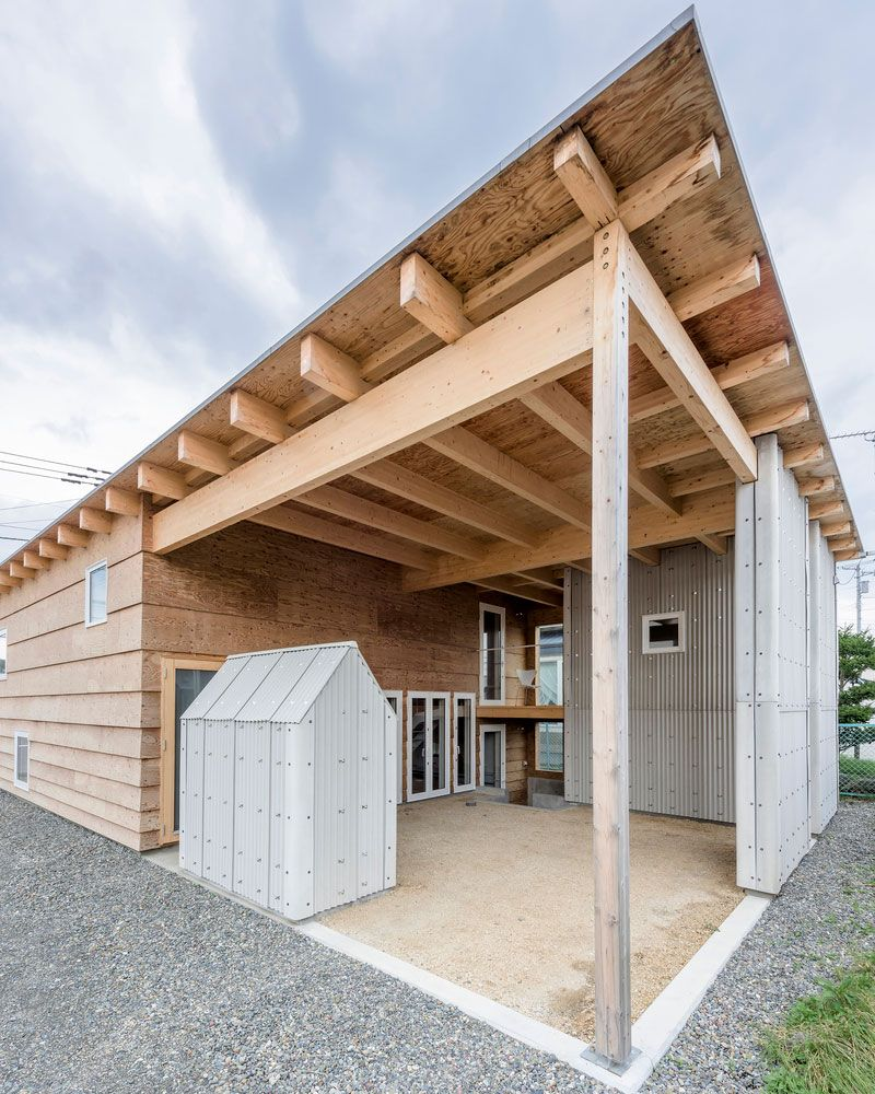Wellblech Garage: Wooden House Designed By Jun Igarashi Architects In