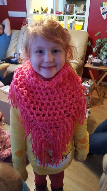 Fringed triangle shawl - child size