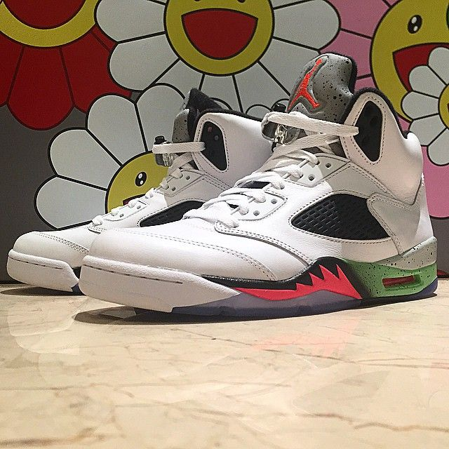 the best attitude 3dfc9 f4651 Air Jordan V 5 Retro White Infrared 23-Light Poison Green Black 136027-115  (6)