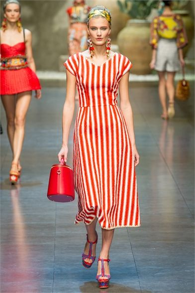 271b7a2477 Sfilata Dolce & Gabbana Milano - Collezioni Primavera Estate 2013 ...