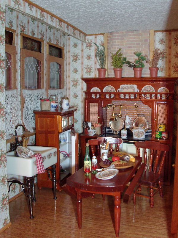Beacon Hill Dollhouse Interior Page 1   Miniatures ...