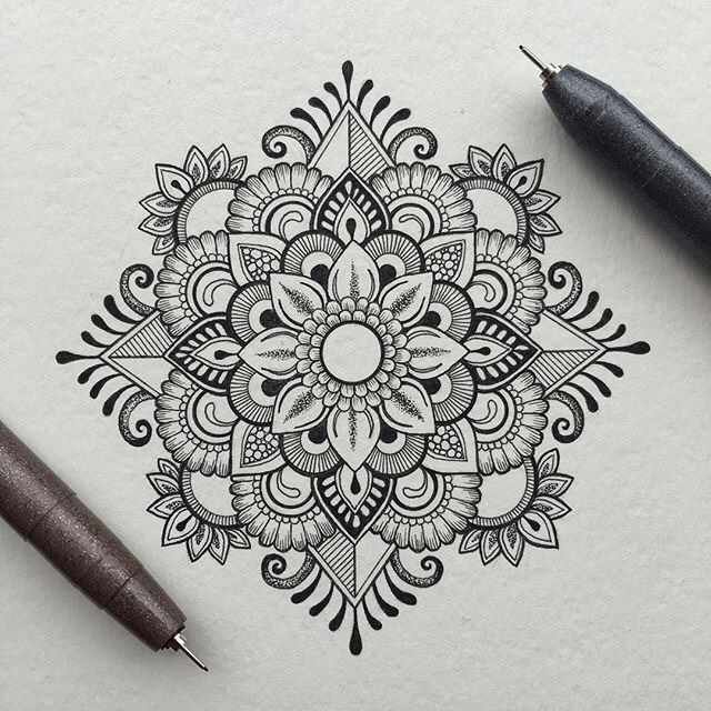 40 Beautiful Mandala Drawing Ideas & How To is part of Drawings, Mandala drawing, Mandala art, Mandala tattoo, Doodle art, Mandala - 40 illustrated mandala drawing ideas and inspiration  Learn how you can draw mandalas step by step  This tutorial is perfect for all art enthusiasts