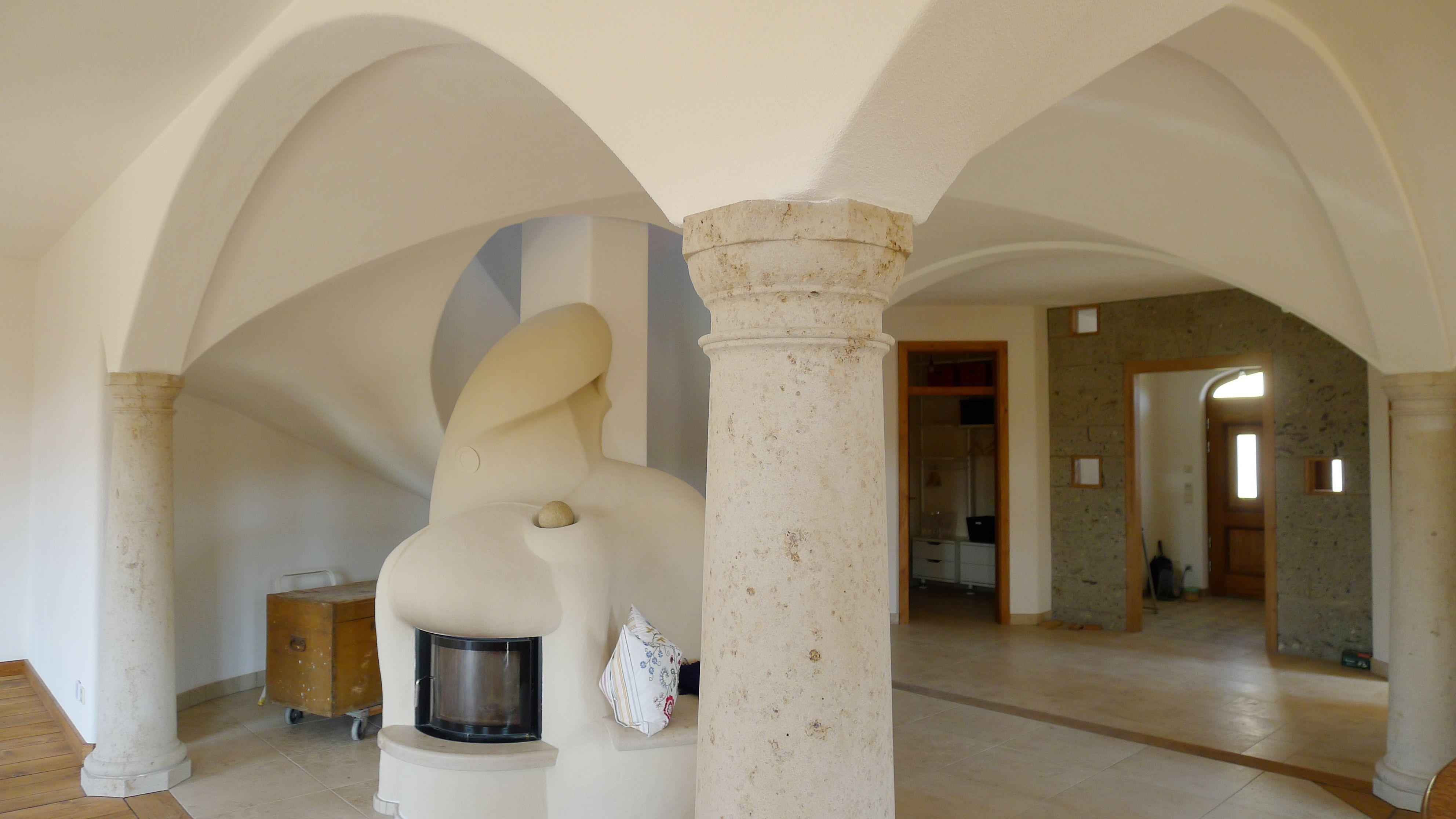 Gewölbedecke in einem Neubau, Wohnzimmer/Treppenhaus | Gewölbe bauen ...