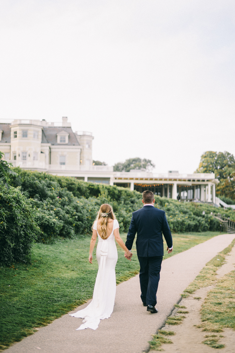Newport Rhode Island Mansion Wedding In 2020 Rhode Island Mansions Mansion Wedding Newport Rhode Island