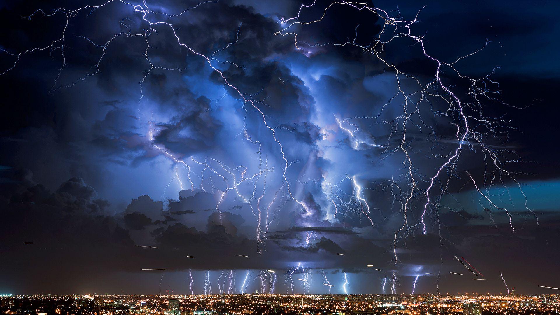 Обои гроза, молния, буря, тучи. Города foto 9
