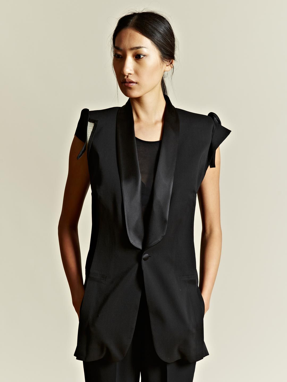 7c24a78d47b1 Maison Martin Margiela Defile Women's Sleeveless Blazer | Structure ...