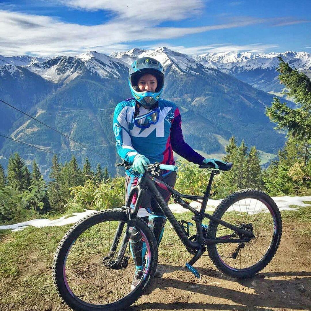 Womenmtb Women S Mountain Bike Women S Mountain Bikes Cheap Mtb Shorts Best Cycling Shorts Mtbwomen M Mountain Biking Women Best Cycling Shorts Cycling Race