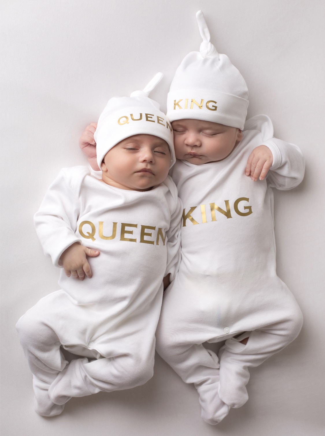 King And Queen Baby Grow And Hat Set Twin Girls Outfits