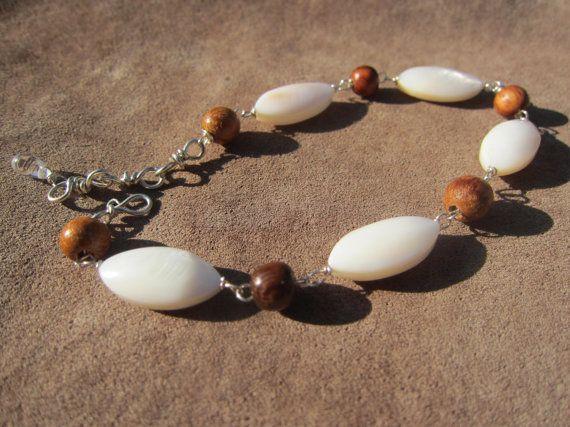 Shell & Wood Ombre Bracelet