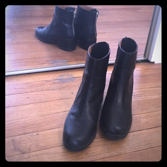 H&M black zip-up Moto boots, only worn twice!! Slight heel, zipper at back, ankle boots from H&M. Only worn twice!! Super cute with leggings and a leather jacket  size 8.5. H&M Shoes Combat & Moto Boots