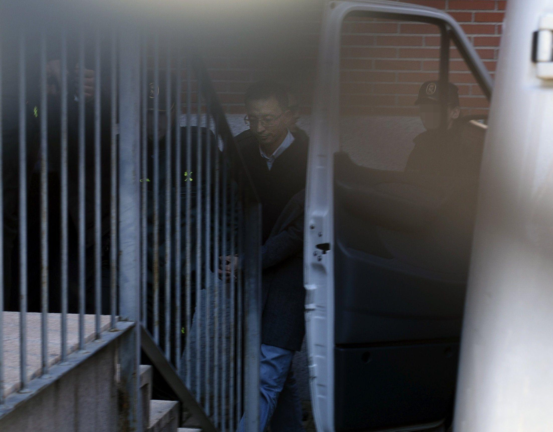 Tres directivos del ICBC pagan la fianza de 100.000 euros impuesta por el juez para dejar la prisión https://t.co/6QS2oXZNiY #España