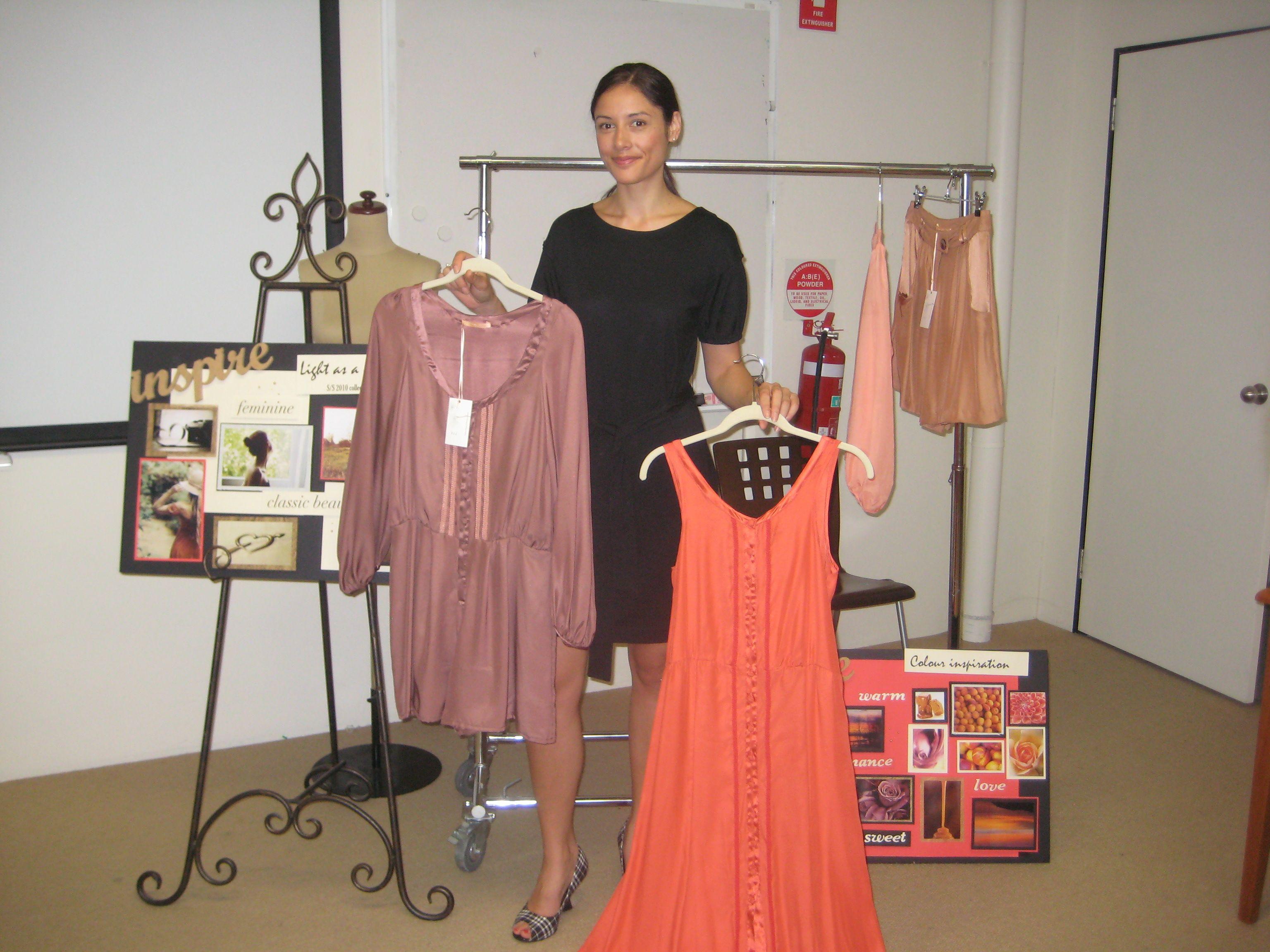 Tania Tuetue Presenting Her Mini Fashion Collection Fashion Fashion Buyer Fashion Design