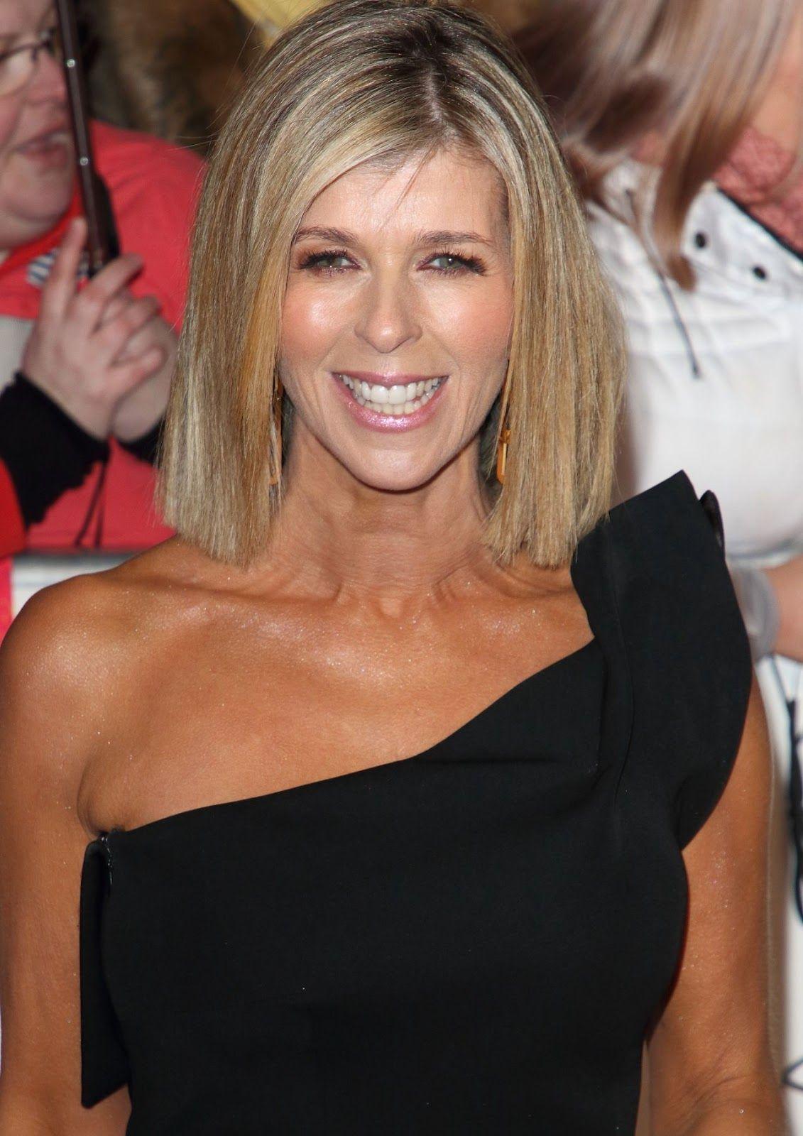 Kate Garraway National Television Awards 2020 In London In 2020 Kate Garraway Carol Kirkwood Tv Presenters