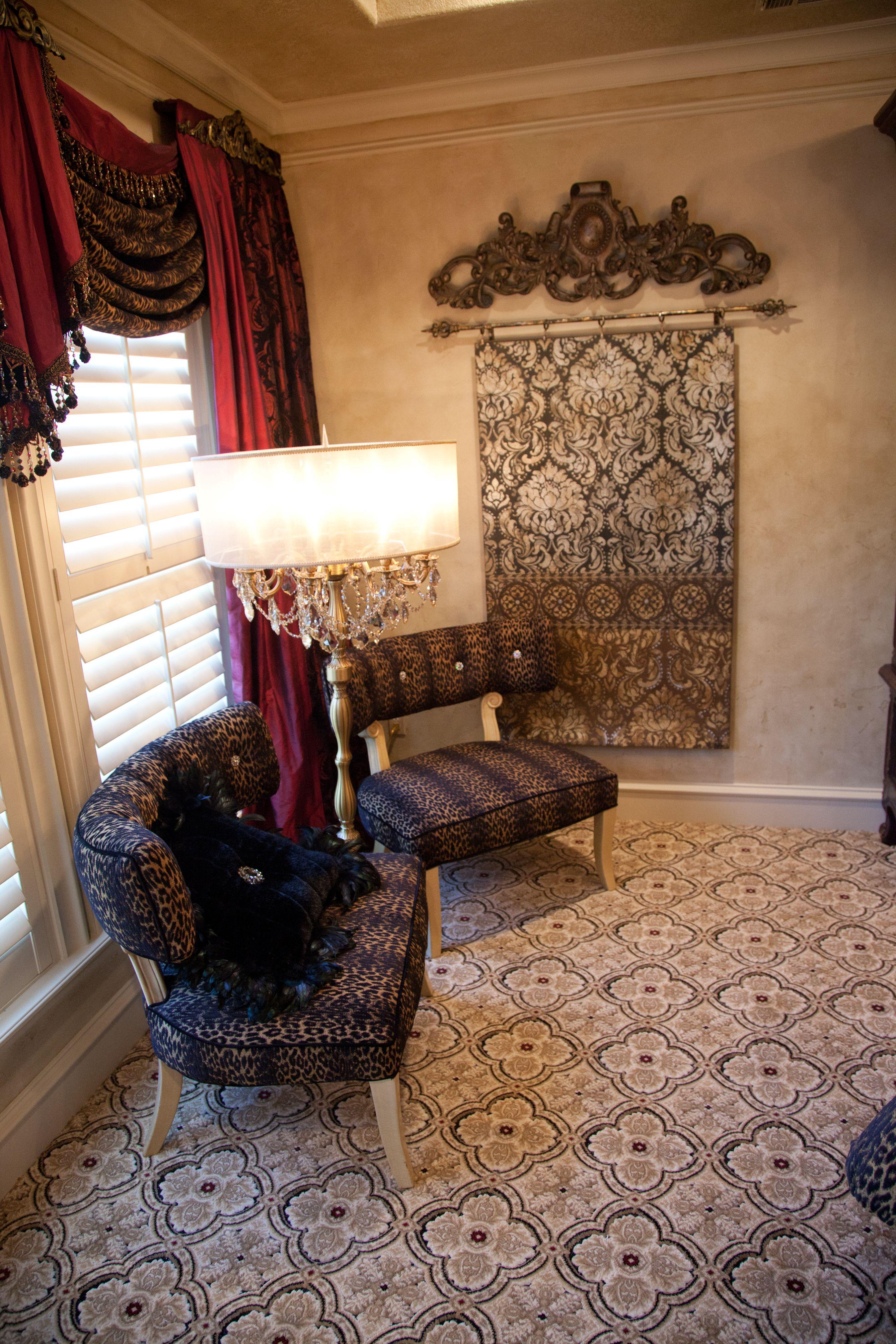 HGTV's Donna Decorates Dallas Season 1 Elegant Sitting