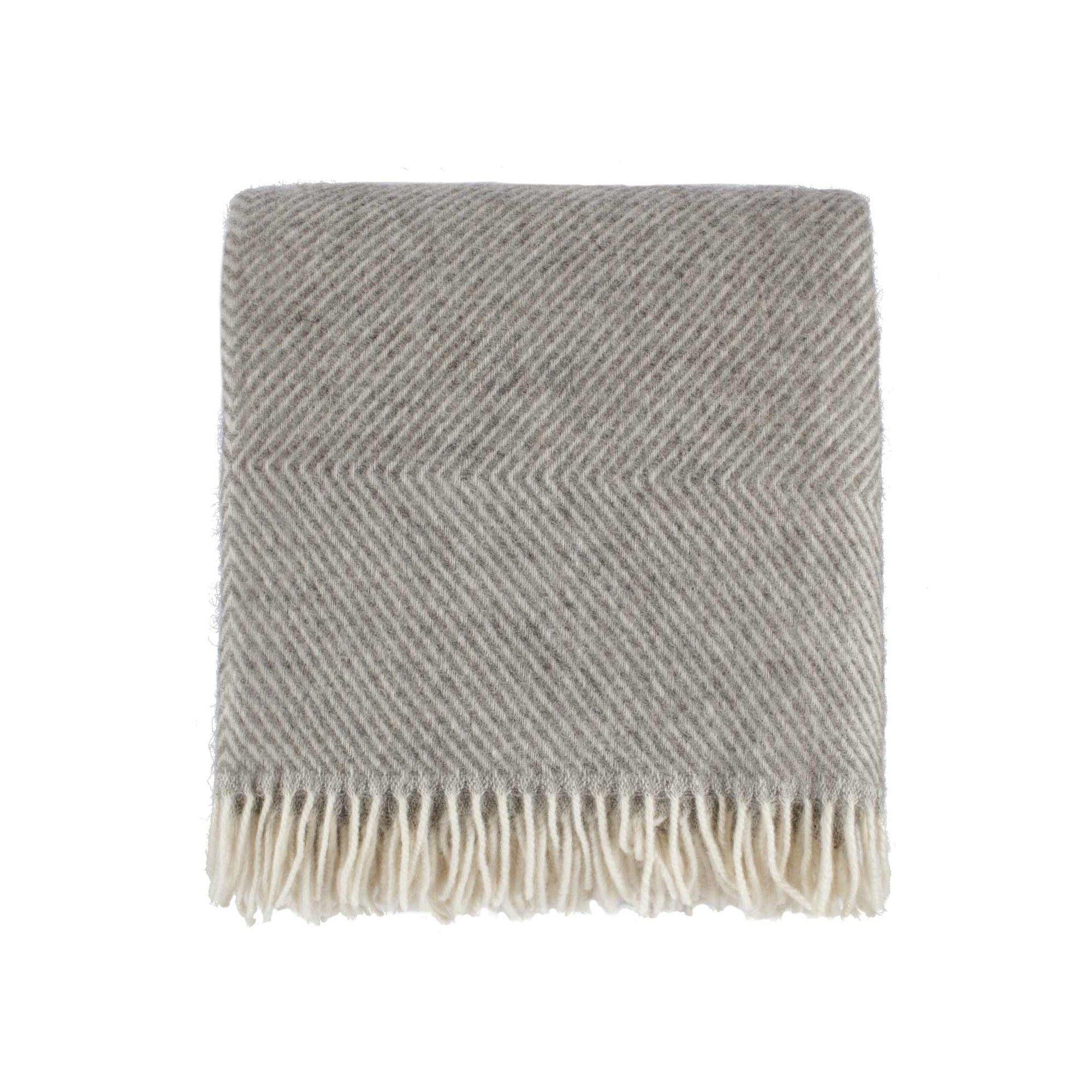 P Fur Unsere Besonders Griffige Wolldecke Gotland Wird In